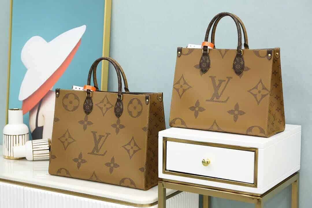 LV Onthego tote系列小号Tote托特手提购物袋 M45039