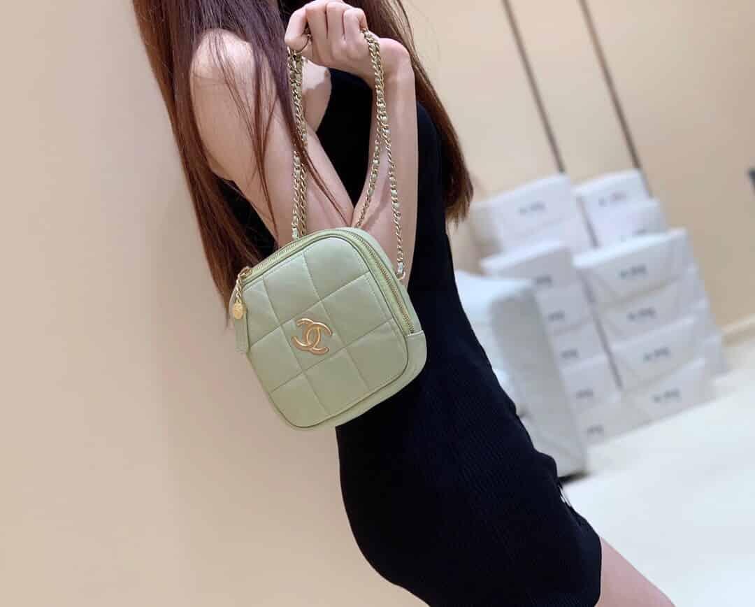 Chanel 2020秋冬新款小号钻石包 AS2201 B04433 N9315