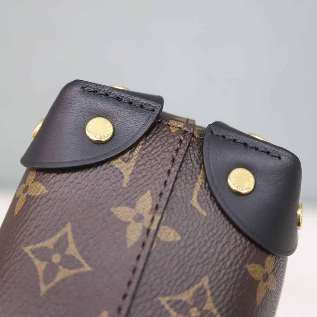 Louis Vuitton LV M45571 Petite Malle Souple 斜跨盒子包