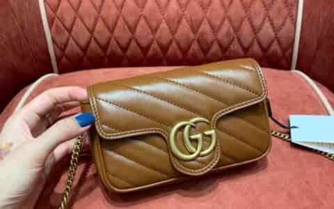 Gucci GG Marmont系列绗缝超迷你链条包 476433 0OLFT 2535