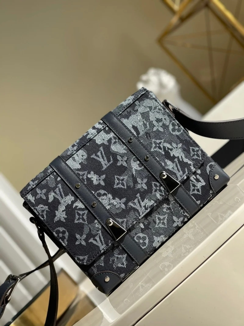 Louis Vuitton LV M57282 Trunk 邮差包