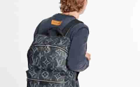 Louis Vuitton LV M57274 Discovery 小号双肩包